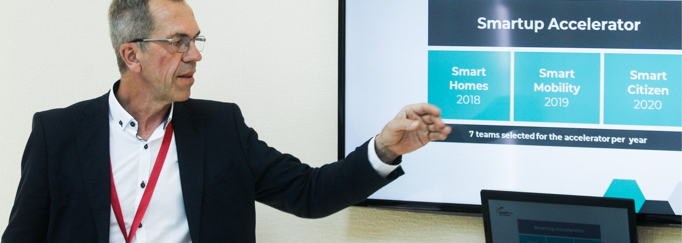Lennart Walldén presenterar Smart Up Accelerator under SPIEF 18